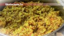 Kasza z pieczarkami, cebulką i papryką