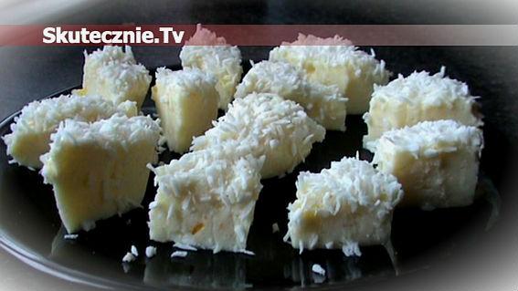 Galaretka brzoskwiniowo-jogurtowa z wiórkami kokosowymi