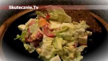 Prosta i szybka sałatka –surimi, jajko, peperoni, sałata