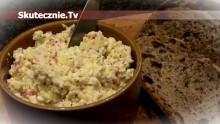 Twarogowa pasta kanapkowa z jajkiem i surimi