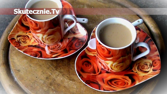 Migdałowa kawa z kardamonem