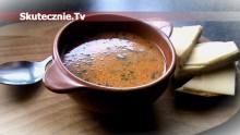 Zupa pomidorowo-śmietanowa na żeberkach