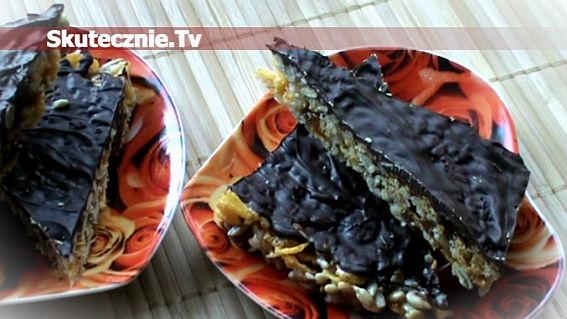 Trójkąciki kukurydziane z bakaliami i czekoladą, czyli chrupiące batoniki;)