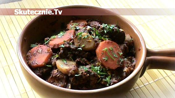 Słodko-pikantna wołowina w coca-coli