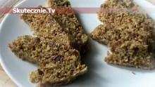 Błyskawiczne ciastko otrębowo-miodowe z bakaliami