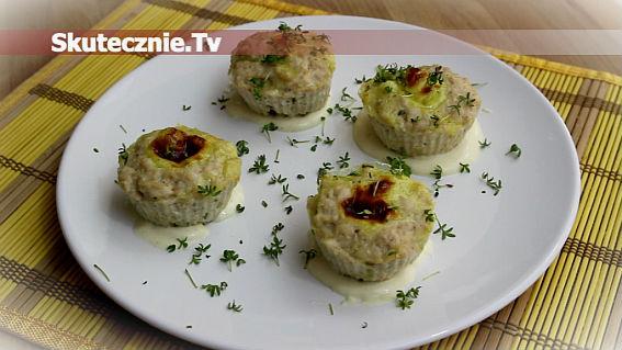 Drobiowe babeczki z serem czosnkowym