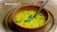 Gęsta zupa kukurydziana z bazylią