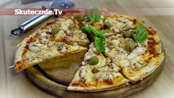 Szybka pizza na tortillach z serem