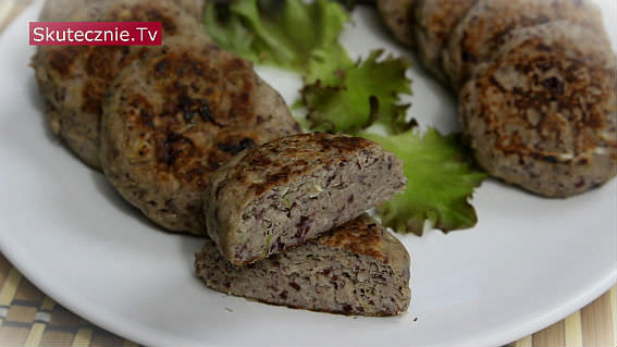 Kotlety z mięsa i fasoli