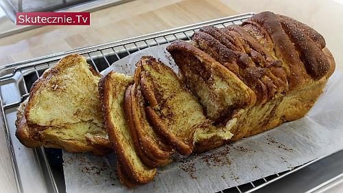 Korzenne ciasto drożdżowe do odrywania