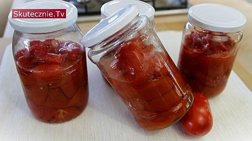 Pomidory w słoikach na zimę (szybkie i proste)