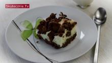 Kruche ciasto czekoladowe z budyniową pianką