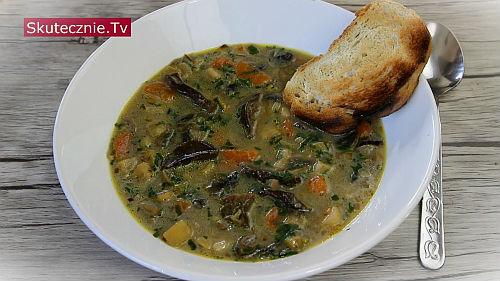 Zupa grzybowa z suszonymi i pieczarkami