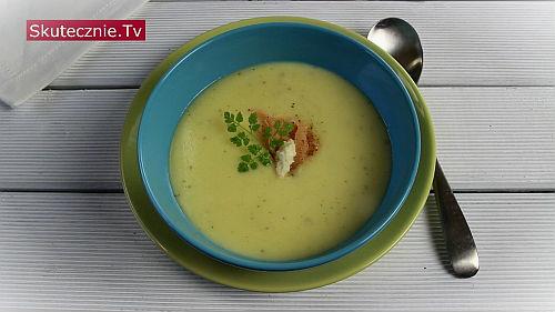 Kremowa zupa chrzanowa z łososiem