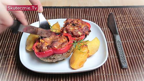 Zapiekane pieczarki z mięsem i papryką