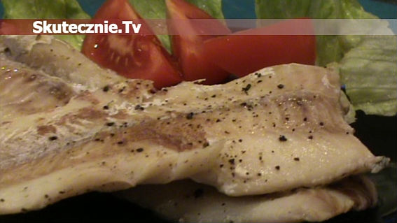 Delikatna ryba duszona na mleku z cynamonem