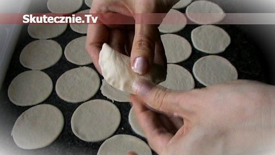 Jak zrobić ciasto na pierogi -szybko i skutecznie