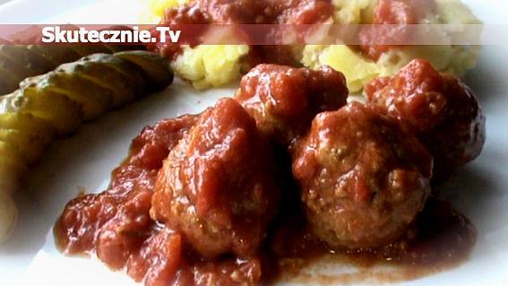 Błyskawiczne klopsiki w sosie pomidorowym