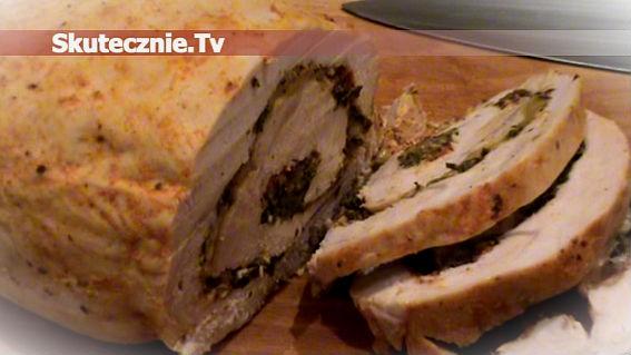 Domowa wędlina -rolada drobiowa z farszem serowo-szpinakowym