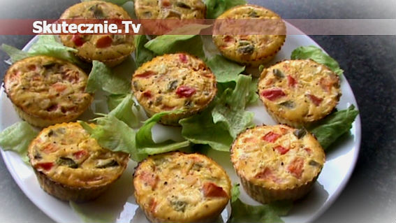 Mini-omleciki, czyli jajka zapiekane z szynką i warzywami