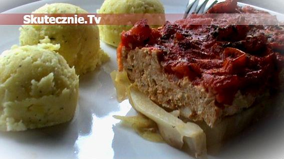 Przekładaniec mięsny na kapuście w pomidorach