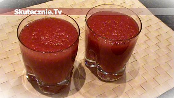 Gęsty sok ze świeżych pomidorów