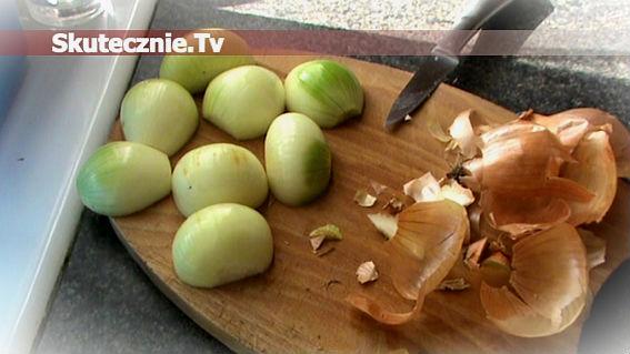 Jak łatwo obrać trudną do obrania cebulę