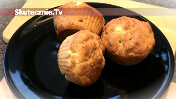 Orkiszowe muffinki z fetą, oliwkami i słonecznikiem