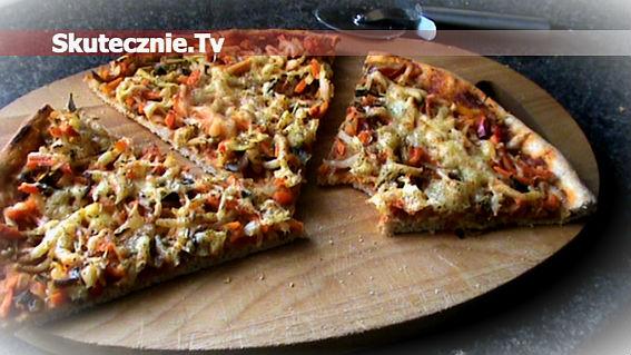 Pyszna pizza z warzywami