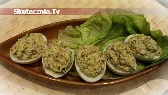 Jajka faszerowane ze szpinakiem i szynką