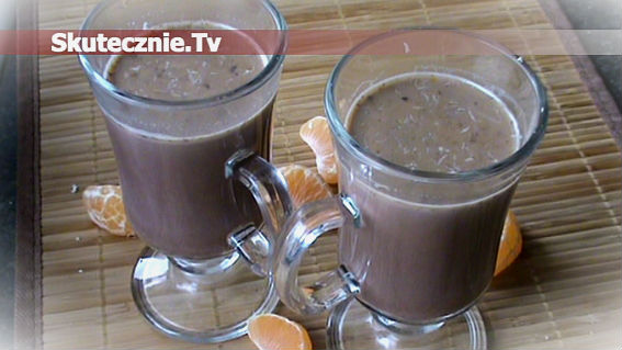 Gorące kakao o pomarańczowej nucie z białą czekoladą