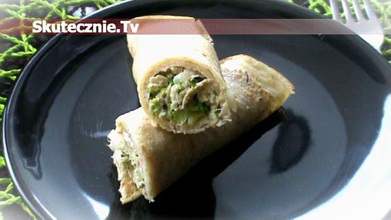 Naleśniki z farszem mięsno-brokułowym w śmietanie
