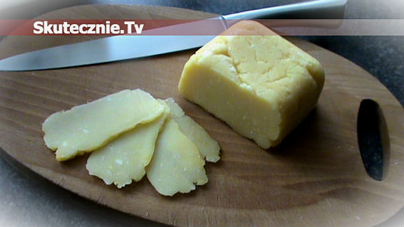 Domowy żółty ser -smaczny i niskotłuszczowy
