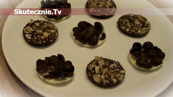 Błyskawiczne ciasteczka z czekolady