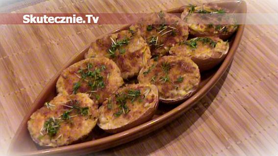 Smażone faszerowane jajka z salami