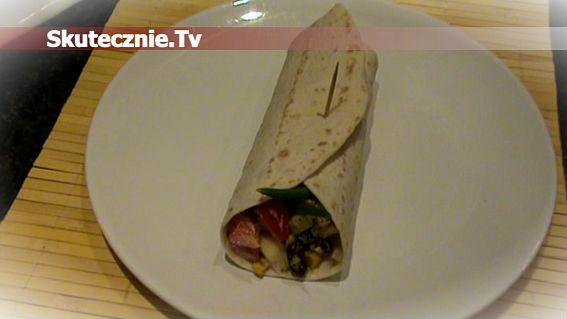 Tortilla z pikantną sałatką -zamiast kanapki