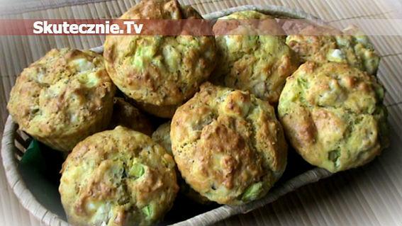 Muffinki drobiowe z fetą i ogórkiem