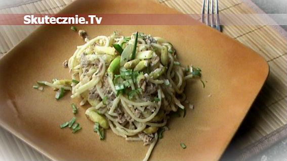 Spaghetti z tuńczykiem i szparagami