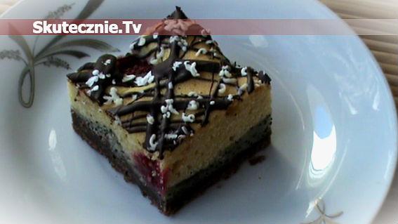 Szybkie ciasto czekoladowo-makowe z malinami