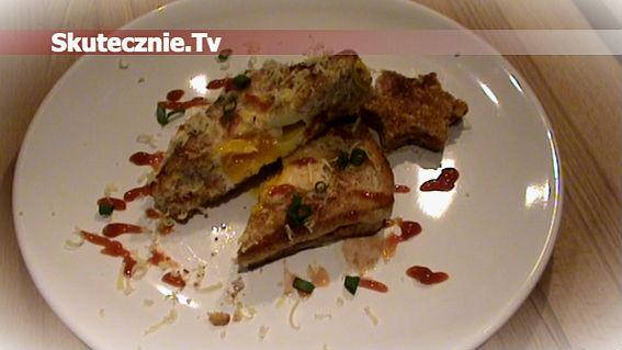 Złociste tosty serowe z jajkiem