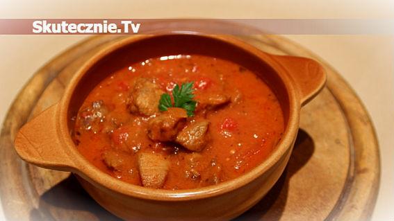 Pomidorowy gulasz wieprzowy |Męskim Okiem