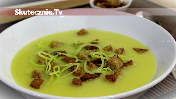 Zupa ziemniaczano-porowa z grzankami