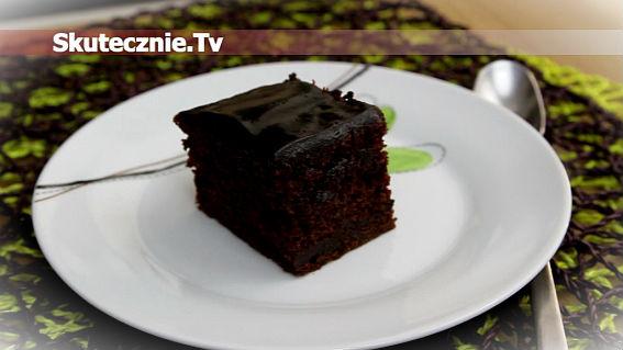 Wilgotne ciasto czekoladowe z kabaczkiem