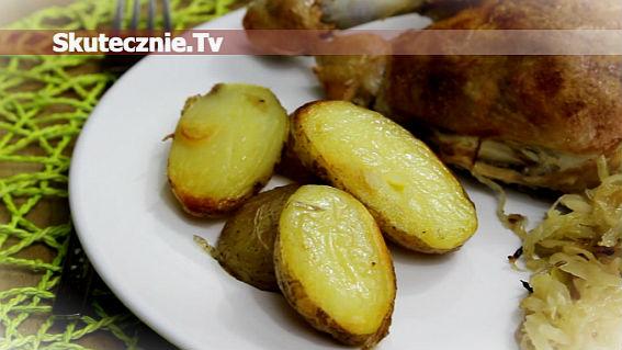 Pieczone ziemniaki na maśle i czosnku