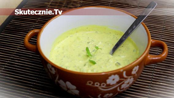 Sos majonezowo-musztardowy z ogórkiem i curry