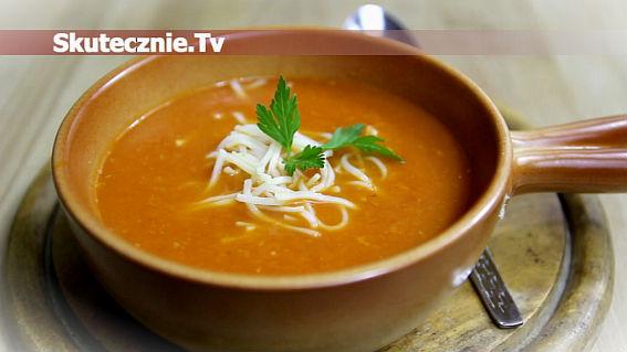 Zupa z podsmażonej marchwi i pomidorów