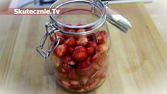 Nalewka truskawkowa cz.1 | Owoce do słoja