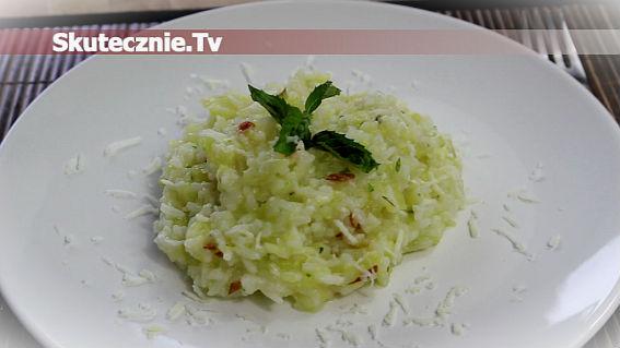 Ryż z cukinią, papryką i parmezanem
