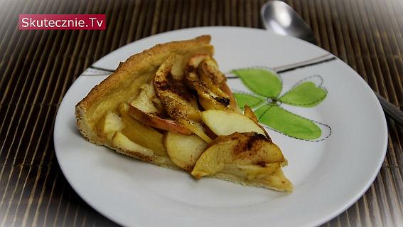 Tarta bez masła z jabłkami i cynamonem
