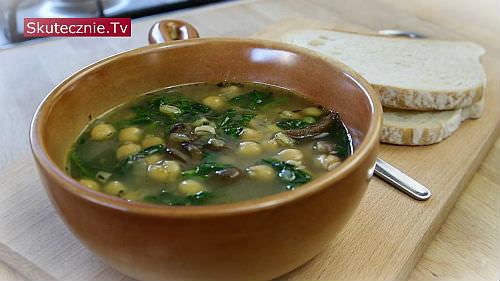 Zupa z ciecierzycą i pęczakiem